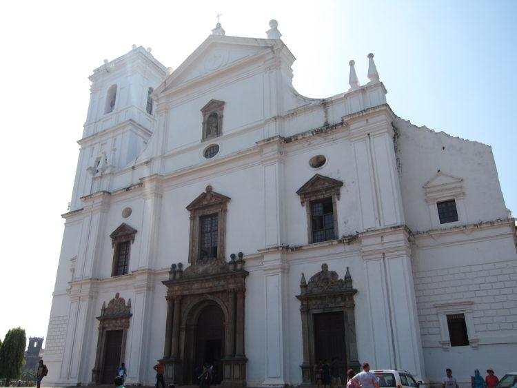 圖7(大教堂)