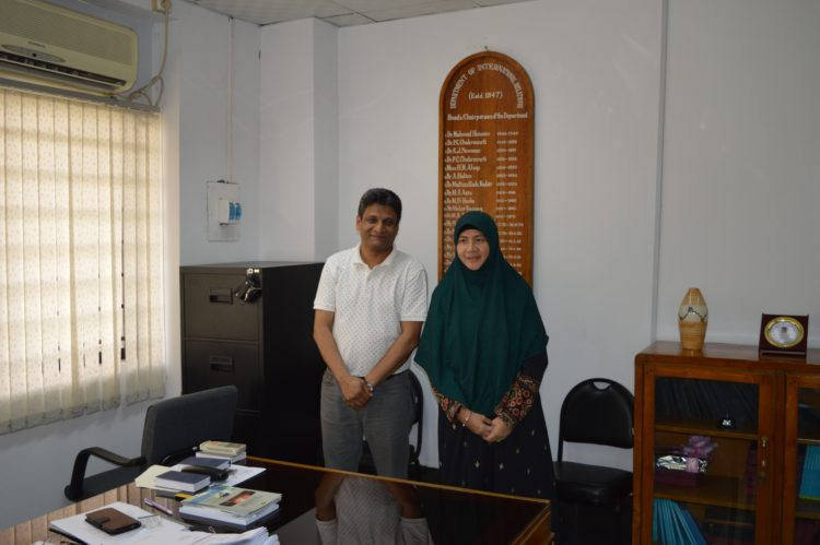 (圖四)With Professor Dr. Ehsanul Haque