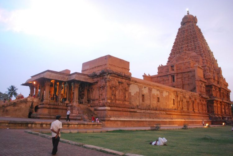 南印度世界遺產坦佳武朱羅王朝大廟