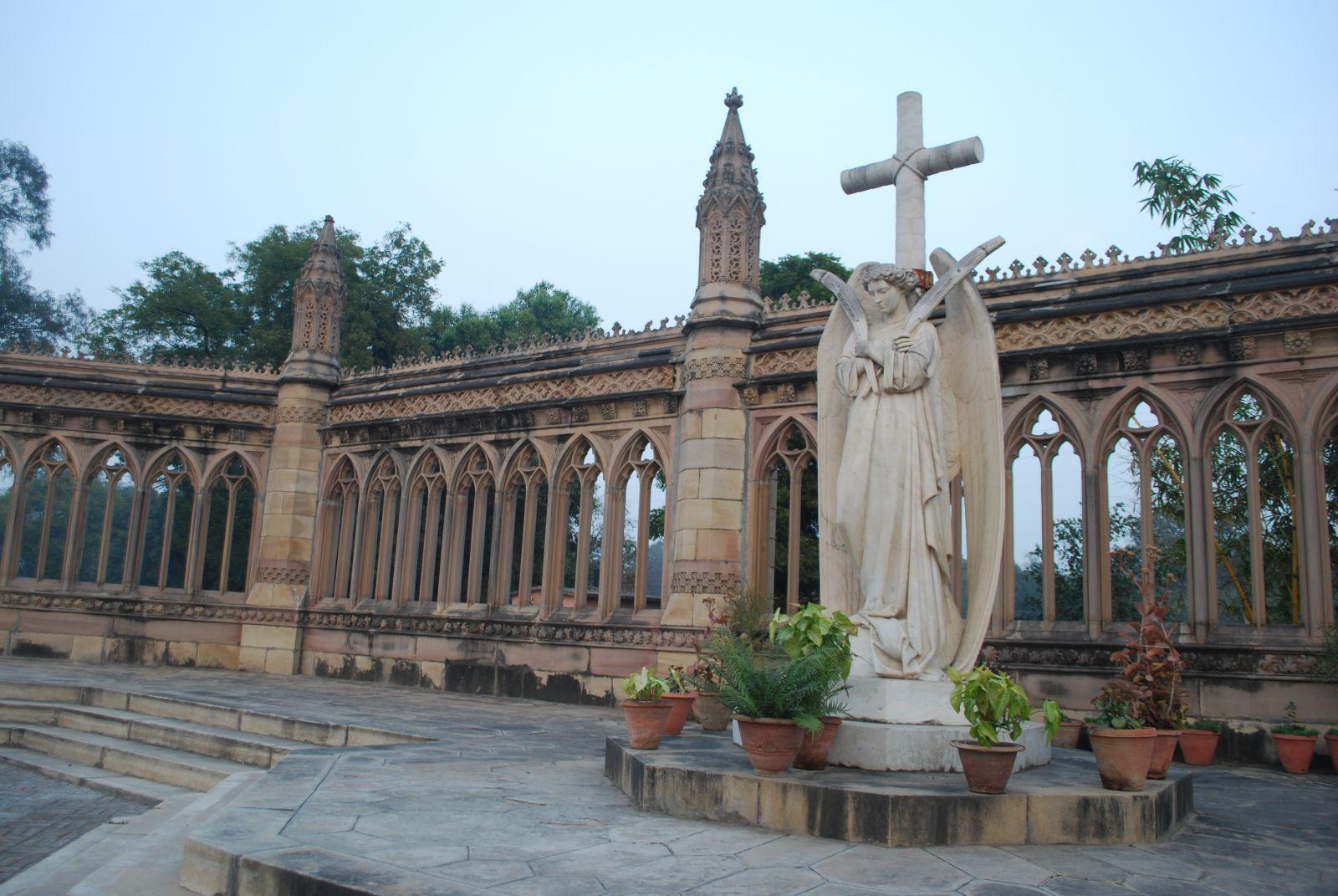 紀念堂內充滿宗教的氣氛