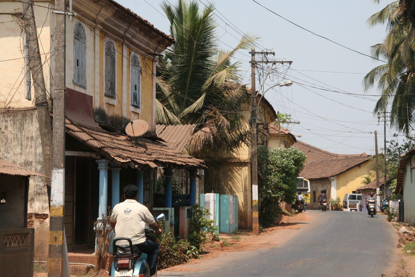 今日果亞街景,在印度日常中帶有歐風特色