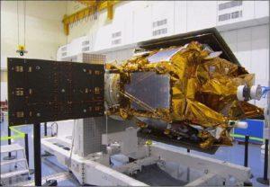 法國SPOT-7遙測感應衛星,2014年3月完成太陽能板的整合。[ii]