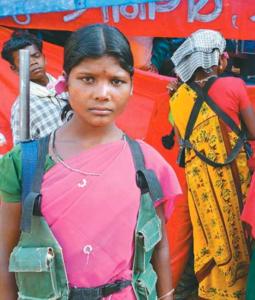 女性Naxalite毛派游擊隊戰士