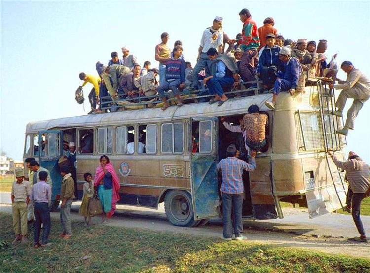 Nepal_Chitwan_Bus