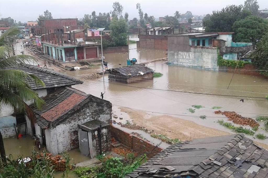 News Clippings 新聞剪輯:尼泊爾持續降雨引起洪災